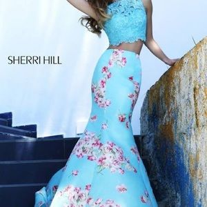(RARE) 2 piece Blue Floral Sample Sherri Hill Gown